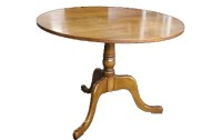 T07 Tilt Top Side Table