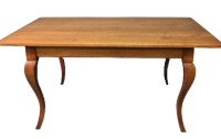 T18 Cabriole Leg Farmhouse Table